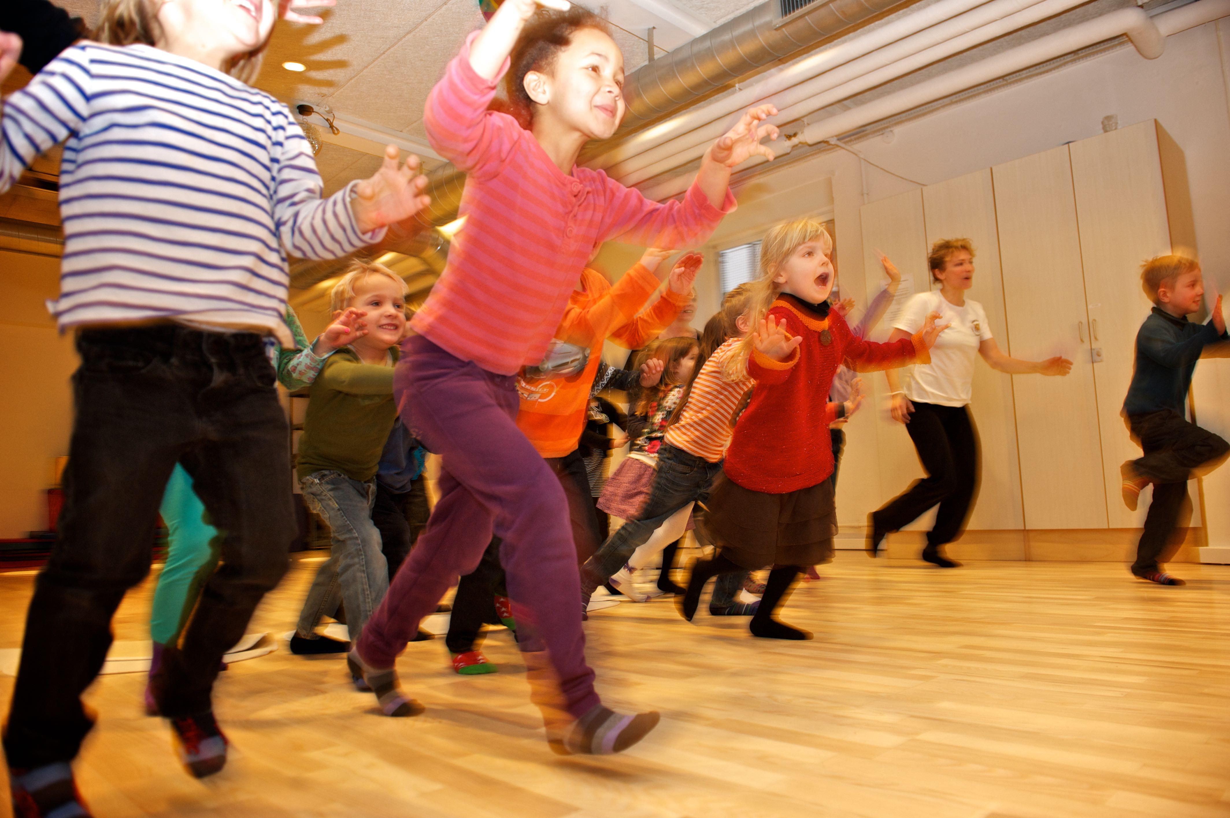 Livet udenfor måtten - Børneyoga og bevægelseskultur i børnehaven.
